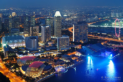 20180720-055-Marina Bay at night (Roger T Wong) Tags: 1altitude 2018 asia rogertwong sel2470z singapore sony2470 sonya7iii sonyalpha7iii sonyfe2470mmf4zaosscarlzeissvariotessart sonyilce7m3 bar buildings lights night rooftop skyscrapers travel view