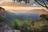 Jamison Valley Sunrise || KATOOMBA || BLUE MOUNTAINS (rhyspope) Tags: australia aussie nsw new south wales blue mountains jamison valley katoomba sunrise sunset rhys pope rhyspope canon 5d mkii nature view vista amazing travel tourist lookout sunray mount mt solitary warm