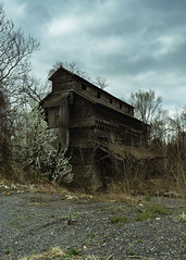 (Greyson Rose) Tags: abandoned urbanexploration decay ruraldecay urbex wood sky gray brown