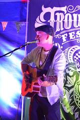 DSC_0143 (richardclarkephotos) Tags: trowbridge festival stowford farm wiltshire uk farleigh hungerford richard clarke photos richardclarkephotos © manor child dog people friendly live event