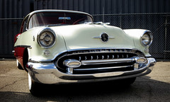 1955 Oldsmobile Super 88 (avilon_music) Tags: oldsmobiles 1955 carsofthe50s olds classiccars s100 grille 1950s 1955olds americanautomobiles 1955oldsmobilesuper88 oldssuper88 55olds