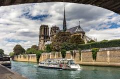 Notre Dame (andreasmally) Tags: notre dame church kirche paris ship seine river france frankreich
