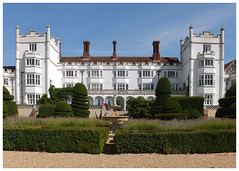 Danesfield House. (karl from perivale) Tags: danesfieldhouse marlow buckinghamshire summer hotel garden sky architecture countryside colourful chimney tree grass building england uk great britain
