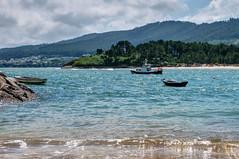 La ría del Barquero (ccc.39) Tags: galicia ría elbarquero agua mar cantábrico barcas sea seascape water boats