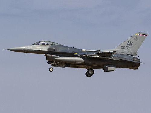 United States Air Force | General Dynamics F-16CM Fighting Falcon | 89-2057