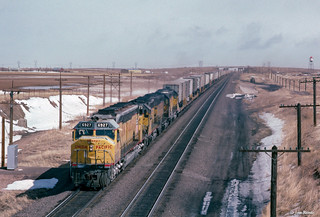 UP 6927 West at Archer, WY