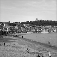 Scarborough Beach (Ian-Barber Photography) Tags: 6x6 mamiyac220 mediumformat film mono