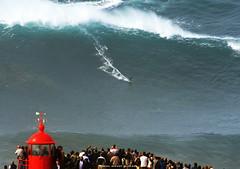 FRANCISCO PORCELLA / 3088FSV (Rafael González de Riancho (Lunada) / Rafa Rianch) Tags: faro farolosurf waves surfing olas sport deportes sea mer mar nazaré vagues ondas portugal playa beach 海の沿岸をサーフィンスポーツ 自然 海 ポルトガル heʻe nalu palena moana haʻuki kai olahraga laut pantai costa coast storm temporal