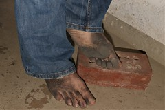 dirty city feet 576 (dirtyfeet6811) Tags: feet sole barefoot toes dirtyfeet dirtysole blacksole dirtytoes cityfeet