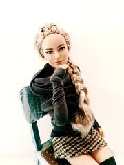 Saga (ArtCat80) Tags: barbie barbiecollector antiope mattel doll dollsphoto artcat sewing fashion