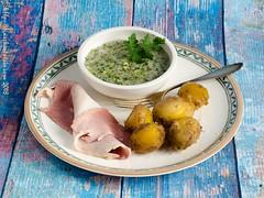 Dicke Bohnen in grüner Sauce mit neuen Kartoffeln und gekochtem Schinken vom Husumer Protestschwein-2 (ostwestwind) Tags: dickebohnen grünesauce husumerprotestschwein kartoffeln slider