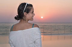 Anne Carolina, Sunset Colors (Paul Saad) Tags: model sunset colors pretty woman girl smiling smile lebanon beirut sea beach dusk dawn sun annecarolina brazilian