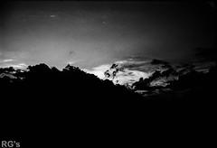L4990128 (RG-Photographie) Tags: devoluy lajoueduloup hautesalpes alps alp frenchalps montagne sunrise risingsun leverdesoleil leica m4 rokkor 40mm rollei retro80s iso80 film argentique analog france monochrome moutain
