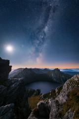 Rise (Dylan Toh) Tags: lakeoberon southwestnationalpark wilderness australia hike hiking tasmania trekking westernarthurs