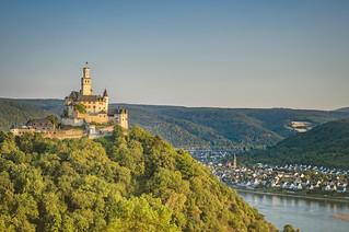 Braubach am Rhein - Marksburg goldene Stunde