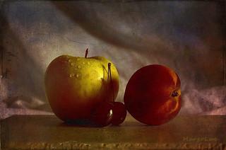Still Life & Fruits ...
