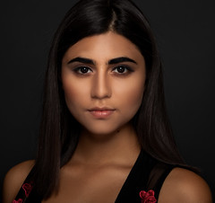 Emerald (AleQueroDodge) Tags: model woman portrait beauty makeup alienbees studio strobes beautydish alejandradodge canon 5dmarkiv brunette