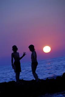 sunset gossip