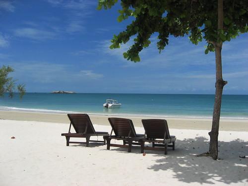 Playa privada del Paradee Hotel en Tailandia