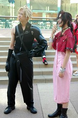 Cloud Strife and Aeris Gainsborough (Joits) Tags: costumes cloud festival losangeles cosplay littletokyo finalfantasyvii cloudstrife aerith finalfantasy7 tofufestival aerithgainsborough