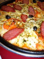 Deep pan Pizza from Las Cuartetas