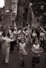_DSC4570.jpg (I'm Brian Fellow) Tags: italy festival boston feast streetshots d200 italians bostonians specialevent sigma30mmf14 nikond200