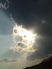 crete sky cloud (theonewhoistall) Tags: sun clouds rays through coming weymouth theonewhoistall