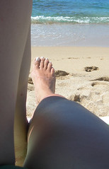 massimo impegno (MarinaMagri) Tags: sardegna sea beach me foot sand mediterraneo mare io spiaggia piede sabbia fotochepiubanalenonsipuo