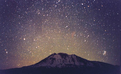 Pleiades / Mt Adams (StarmanMike) Tags: nightphotography mountains night stars astrophotography astronomy mtadams constellations pleiades astrophoto milkyway nightscenes cascademountains starcluster nightlandscapes starclusters