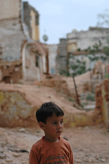 lost (jam-L) Tags: street portrait face algeria eyes dof childrens enfants algerie rue hummingbirdxmas regard algiers alger thecasbah الجزائر blackribbonicon