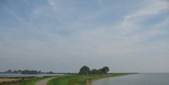 Uitdam (deboof) Tags: nederland waterland ijsselmeerdijk uitdam