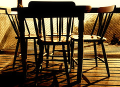 Sit down (Renata Diem) Tags: sepia backlight contraluz chair chairs cadeiras cadeira spia