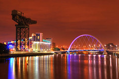 Glasgow city, Clyde at night (Kenny Muir) Tags: bridge night lights scotland clyde long exposure crane glasgow finnieston