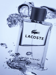 Lacoste Perfume (Daniel Tckmantel) Tags: water glass studio bottle underwater perfume air bubbles commercial 4x5 aquatic transparent lacoste largeformat productshot parfum rmitphotography