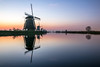 Kinderdijk before sunrise (Maarten Takens) Tags: nederland netherlands kinderdijkk molens windmills sunrise b blue bluehour water reflections niederlande fffotoschule