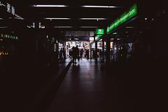 Raining on the sunshine (Scofield Chan) Tags: street streetsnap snapshot streetphoto urban city black shadow reflection monochrome hongkongculture hongkong asia fujifilm x100f xf23mm 35mm lighting