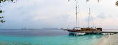 Vilamendhoo-2 (philipp-pictures) Tags: maldives vilamendhoo resort spa beach ocean paradise paradies island lagune sunny snorkeling diving palms sand corals restaurant landscape landschaft ariatoll indianocean sailingship segelschiff panorama