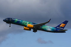 TF-FIU Boeing B757-256 EGPF 17-04-17 (MarkP51) Tags: tffiu boeing b757256 b757 icelandair fi ice heclaaurora specialcolours glasgow airport gla egpf abbotsinch scotland airliner aircraft airplane plane image markp51 nikon d7200 aviationphotography sunshine sunny