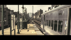 destination in sight (Nico Geerlings) Tags: manhattan harlem 125thstreet subway station midtown cinematic urban trains tracks newyorkcity nyc ny usa ngimages nicogeerlingsphotography nicogeerlings fujifilmxt2 xf56mm