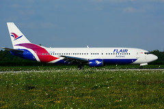 C-FLHE (Flair Airlines) (Steelhead 2010) Tags: flairair boeing b737 yhm b737400 creg cflhe