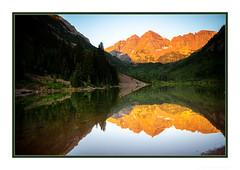 Looking Glass Sunrise (JohnKuriyan) Tags: aspen colorado sunrise maroonbells