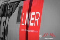 Grouping resurgence? (CS:BG Photography) Tags: 91118 class91 electra intercity225 svg stevenage thefusiliers ecml eastcoastmainline lner londonnortheasternrailway