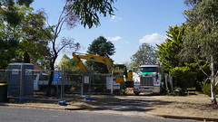 Block clearing across the road. (spelio) Tags: torres act canberra construction renovation build april 2018