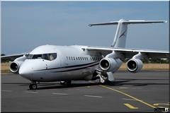 BAe Avro RJ100, Cello Aviation, G-ILLR (OlivierBo35) Tags: rns rennes spotting spotter lfrn cello avro rj85 bae