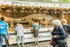 Fish (fotofrysk) Tags: vishandel fish stall sellers buyers fridaymarket zaailand europeancapitalofculture2018 nederlan nederland netherlands friesland fryslan leeuwarden ljouwert sigma1750mmf28exdcoxhs nikond7100 201805254387