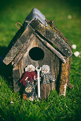American Gothic (*Jilltoo) Tags: dolls peg house silly birdhouse grass outdoors utata:project=ip267