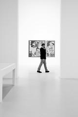 (fernando_gm) Tags: street spain madrid man monochrome monocromo monocromatico blackandwhite bw blancoynegro fujifilm fuji xt1 35mm f14 museum museo art simplicity minimalist minimalista minimalism people person persona human hombre humano retiro