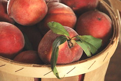 Peaches! (Hayseed52) Tags: peaches fruit season summer fresh basket healthy tasty