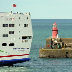18 08 10 Stena Europe arriving Rosslare (29) (pghcork) Tags: stenaline ferry ferries carferry stenaeurope ireland wexford rosslare ships shipping