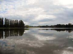 Lago de Combourg -  Bretaña - Francia (Kiko Colomer) Tags: francisco jose colomer pache kiko combourg francia france castillo château bretaña bretagne lac eau